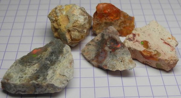 images/facet-rough/fire-opal-11022011-1-2.jpg