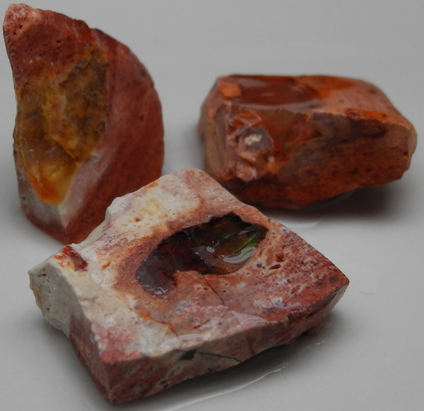 images/facet-rough/fire-opal-11022011-2-4.jpg
