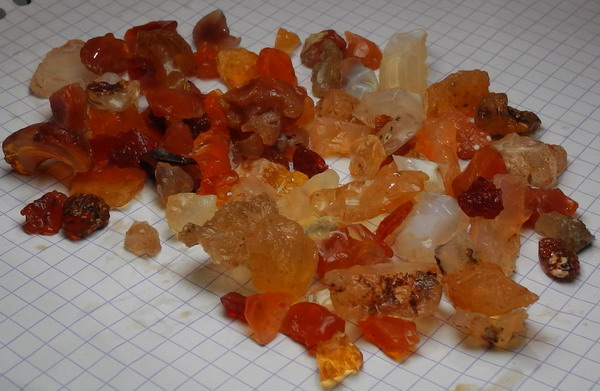 images/facet-rough/fire-opal-12012011-5-3.jpg
