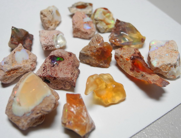 images/facet-rough/opal/fire-opal-11042011-4-4.jpg